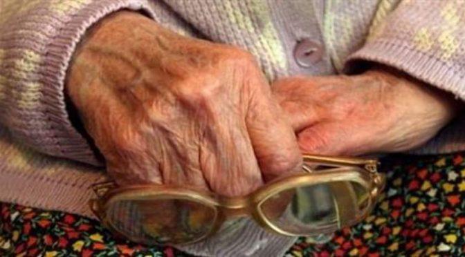 Пенсии и болнични: как неолибералната държава и бизнесът се прегърнаха срещу работещите